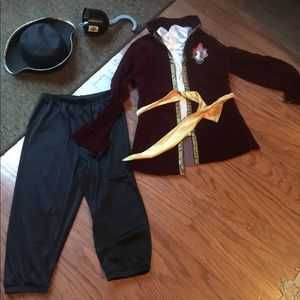Captain Hook Costume size 8/10
